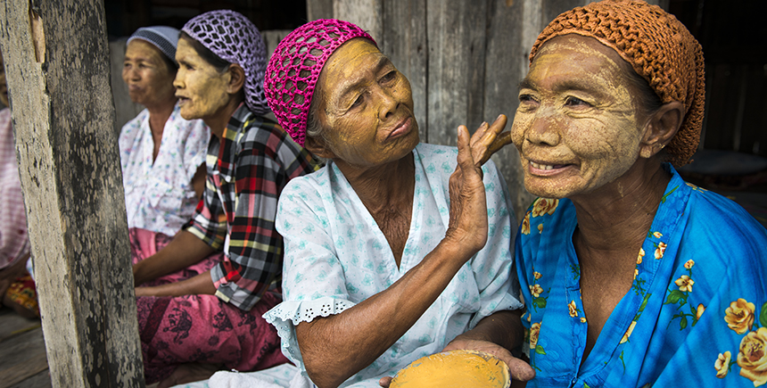 Sama-Bajau women apply burak, a natural sunblock made from pounded rice, turmeric and other ingredients. Apart from sun protection, the paste is used as a beautifying agent.