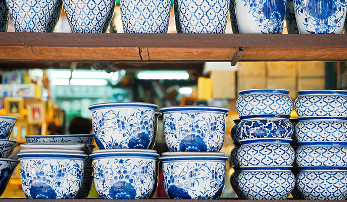 Porcelain wares at Chatuchak Weekend Market