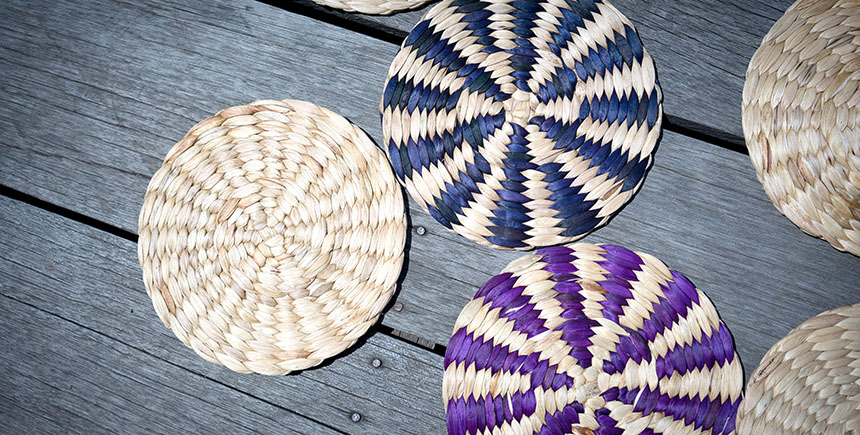 Placemats by the women of Saray Tonle