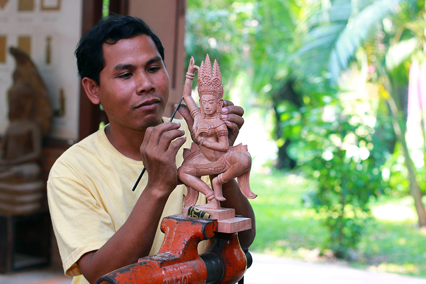 Artisans Angkor helps keep age-old Cambodian techniques alive